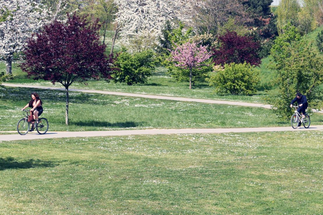 Parc Essais 09-04-2007 060 VELO